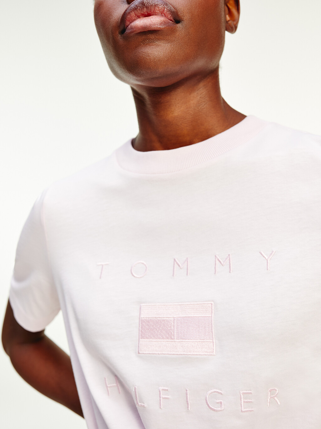 Logo Embroidery Crew Neck T-Shirt