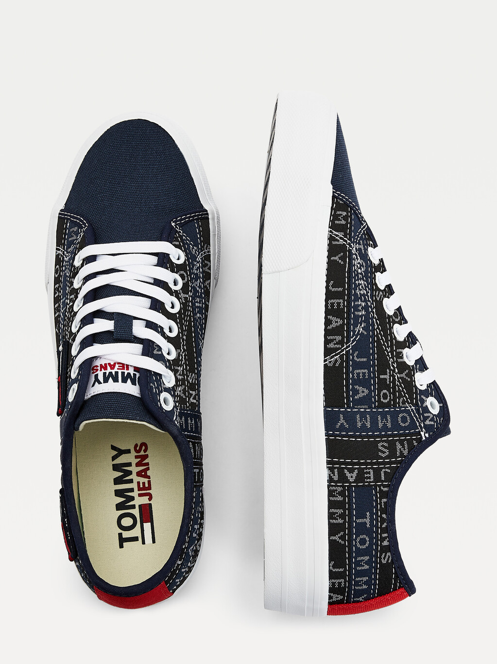 Tommy Badge Trainers