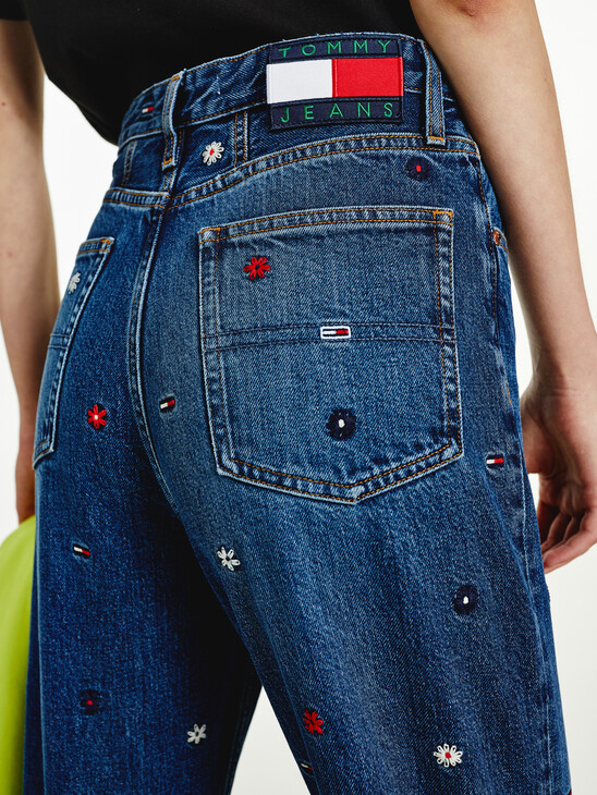Mom Ultra High Rise Tapered Embroidery Jeans