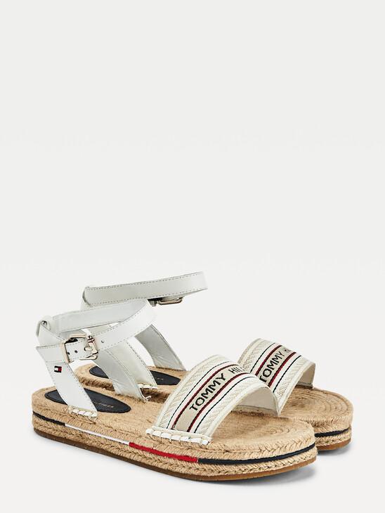 Artisanal Flatform Sandals