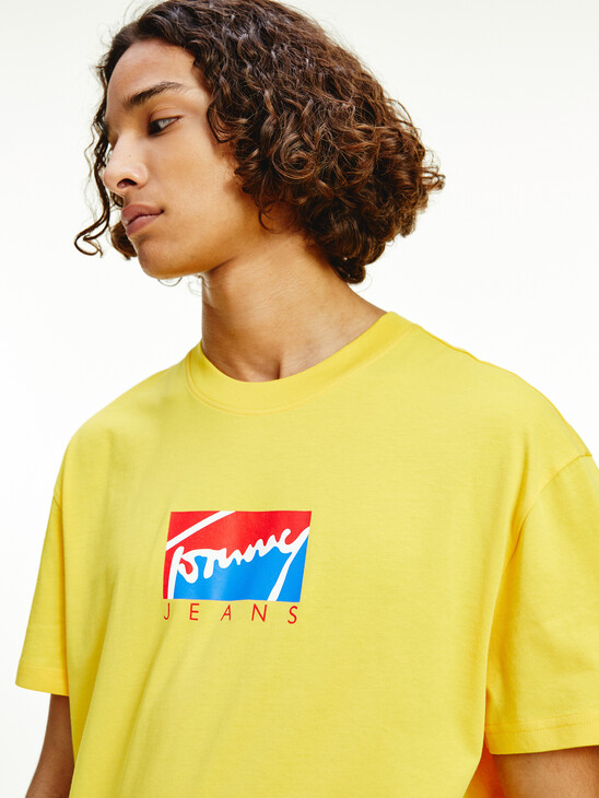 Graphic Logo Relaxed Fit T-Shirt